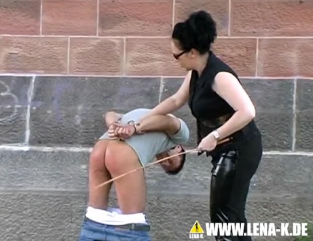 zäpfchen bestrafung mädchen macht selbstbefriedigung